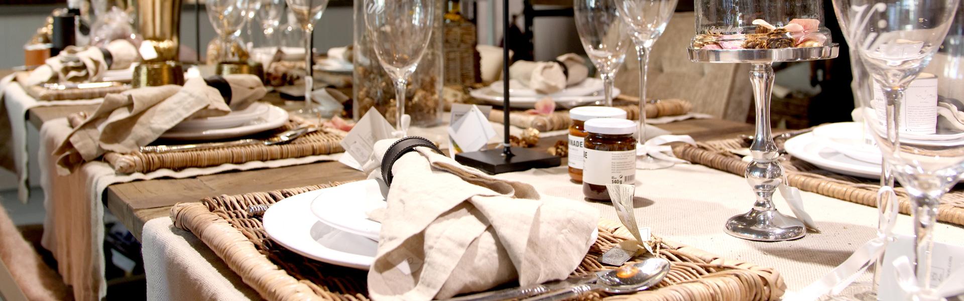 Brands bei Jaspers & Co. in Zug | Rivièra Maison | Esstisch gedeckt